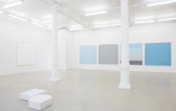Vista de la exposición de Ettore Spalleti. Galería Marian Goodman, Londres.